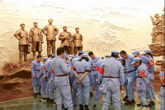 參觀婁山關戰鬥遺址陳列館